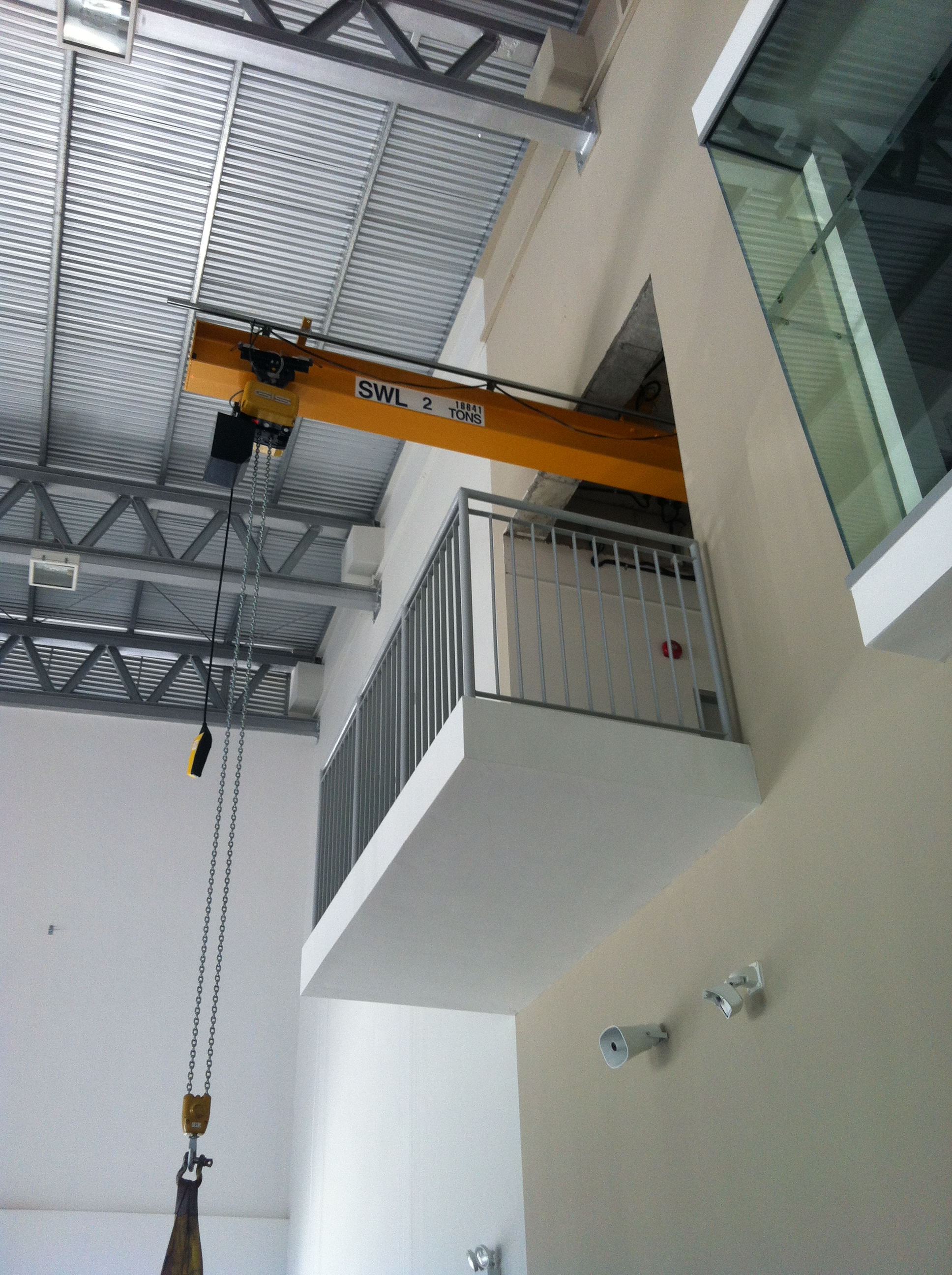 Monorail Amp Retractable Crane System Interlift